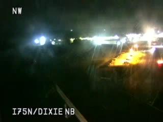 Traffic Cam @ Dixie Hwy NB - north