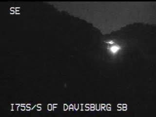 Traffic Cam @ S of Davisburg SB - south