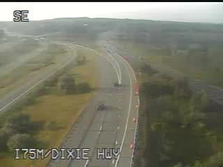 Traffic Cam @ Dixie Hwy - south