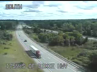 Traffic Cam @ S of Dixie Hwy - North