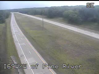 Traffic Cam @ W. of Pine River - west